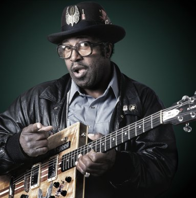 BO DIDDLEY – A LEARNING EXPERIENCE — Robert Sebree